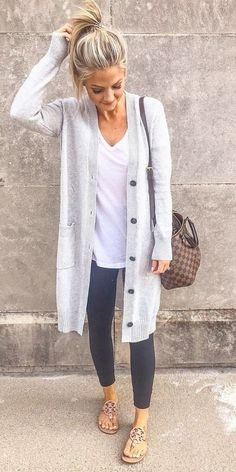 Cute Women casual winter outfits 2019 Amazing Fall Casual Outfits You Can Copy Winter Outfits 2019, Casual Winter Outfits, Fall Outfits, Cute Outfits, Spring Outfits Women Over 30, Winter Cardigan Outfit, Stylish Mom Outfits, Long Sweater Outfits, Pullover Outfit