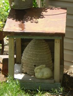 Bee Skep House  Twigs Primitive Garden (Powered by CubeCart)