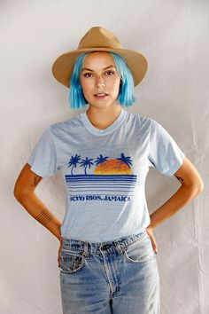 Vintage 70's Ocho Rios Jamaica Graphic Tee / Vintage Souvenir Tee / 1970's 1980's Distressed Graphic T-Shirt Unisex