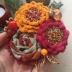 """Купить Вязано-текстильная брошь """"Золотая осень"""" - яркая брошь, брошь ручной работы"""