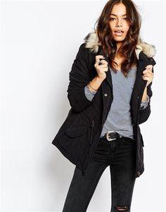 Bayan palto modelleri ile kışın da göz kamaştırın Kış ayları ile beraber palto, ceket, montlar ve parkalar dolaplardan çıkmaya başlıyor. Daha sonra da ayna karşısında hangi platoyu, hangi elbisem i…