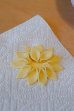fondant flowers step-by-step