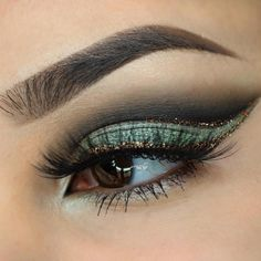 """""""Cut crease + glitter + flirty lashes = the perfect holiday party combo!  @byjeannine used these Makeup Geek Eyeshadows to get the look:  Corrupt  High Tea  Fantasy (foiled) Check out her feed for additional details."""" by @makeupgeekcosmetics on Instagram http://ift.tt/1IJdhX3"""