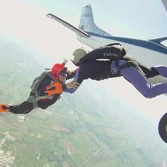 #skydiving friends (flor & nando)
