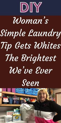 The problem with white clothing and other white laundry items is that they don't stay bright for very long. But Tina Golik may have found the ideal solution. #Laundry #Tip #Brightest Household Cleaning Tips, Diy Cleaning Products, Cleaning Solutions, Cleaning Hacks, Laundry Hacks, Laundry Rooms, Baby Snowsuit, Messy House, Choco Chips
