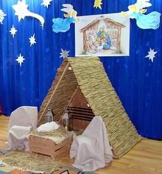 Znalezione obrazy dla zapytania scenografia jasełka Kids Christmas, Merry Christmas, Christmas Costumes, Classroom Decor, Photo Booth, Gingerbread, Crafts For Kids, Christmas Decorations, Nativity