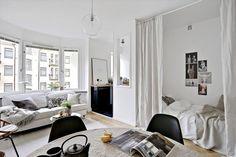 9 Dreamy bedroom ideas for tiny apartments (Daily Dream Decor) Apartment Design, Apartment Living, Apartment Ideas, Cozy Apartment, Tiny Studio Apartments, Studio Spaces, Deco Studio, Studio Living, Living Room