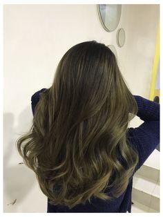 Ash Green Hair Color, Green Hair Ombre, Dark Green Hair, Hair Color Streaks, Ombre Hair Color, Cool Hair Color, Green Ash, Olive Hair, Color Castaño