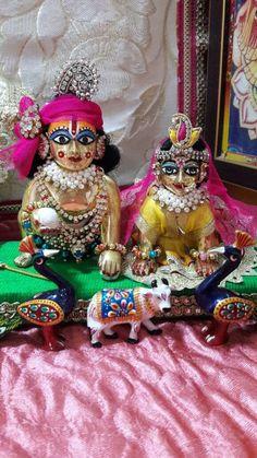 Radhe Krishna Radha Krishna Holi, Jai Shree Krishna, Radha Krishna Pictures, Lord Krishna Images, Krishna Radha, Krishna Love, Shree Krishna Wallpapers, Radha Krishna Wallpaper, Radha Kishan