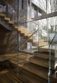 Le #scale più particolari in giro per il mondo | #immobiliare #interni #design Did Escher design this? Wonderful!!!