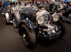Classic Car News – Classic Car News Pics And Videos From Around The World Old Vintage Cars, Vintage Trucks, Vintage Racing, Antique Cars, Bentley Speed, Bentley Car, Bentley Blower, Super Sport Cars, Super Car