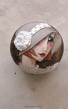 Great Idea for Stone Art Pebble Painting, Pebble Art, Stone Painting, Painted Rocks Craft, Hand Painted Rocks, Painted Stones, Stone Crafts, Rock Crafts, Art Rupestre