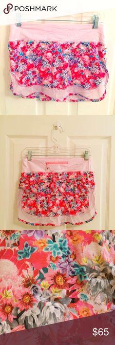 Lululemon Floral Skirt Skort Beautiful condition! This authentic Lululemon Athletica skirt / skort is versatile and adorable! Great for all activities and an athlete's must-have! lululemon athletica Shorts Skorts
