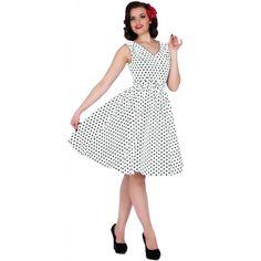 Šaty Dolly and Dotty Wendy White Polka Puntíkaté krásky, kterým se prostě neříká ne, navíc za báječnou cenu! Skvělý model vhodný na retro večírek či běžné nošení. V přední i a zadní části s výstřihem do V, na ramenou mírně nabrané, projmuté v pase s rozšířenou sukní, zapínání na krytý zip na zádech, součástí pásek se sponou potaženou látkou ve stejném vzoru (některé velikosti mají navíc ještě bílý pásek pro lepší doladění vašeho outfitu). Velmi příjemný, lehčí materiál (95% bavlna, 5%…