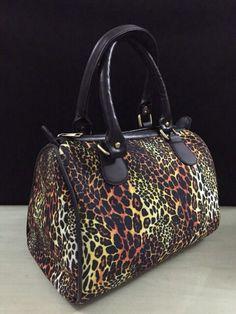 Tiger print Digital Print Hand bag for only 1049/-