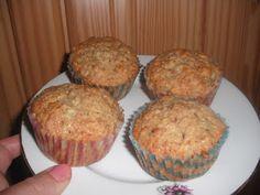 u mě :): cuketové muffiny