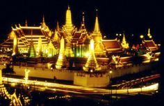 """Bangkok.  Incredible food (curry!  all kinds of curry!), sights like this at night.  All I think of is Murray Head's """"One Night In Bangkok""""...""""so you better go back to your bars, your temples...your massage parlors..."""""""