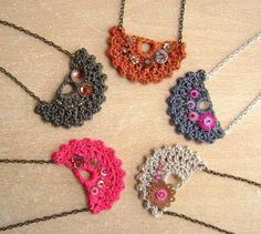 I love to crochet. I love to search out pictures of crochet as inspiration for future projects. I'm always looking for pictures of beautiful things done in crochet. I'm looking for inspiration, not. Textile Jewelry, Fabric Jewelry, Boho Jewelry, Handmade Jewelry, Love Crochet, Crochet Flowers, Knit Crochet, Patron Crochet, Bracelet Crochet