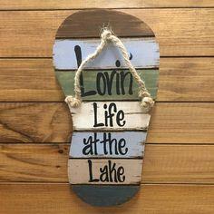 Lake House Signs, Lake Signs, Beach Signs, Cottage Signs, Pallet Crafts, Pallet Art, Wood Crafts, Lake Decor, Beach Wood