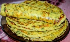 Curd pancakes with herbs. Recipe with photo- Curd pancakes with herbs. Crepes, Russian Dishes, Russian Recipes, Herb Recipes, Cooking Recipes, Italian Chicken Dishes, Unique Recipes, Different Recipes, Vegetables