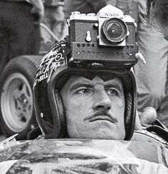 Before GoPro there was. Formula One double world champion Graham Hill ready to take some high speed pics! Grand Prix, Le Mans, Classic Motors, Classic Cars, Formula 1, Sport Cars, Race Cars, Moto Logo, Damon Hill