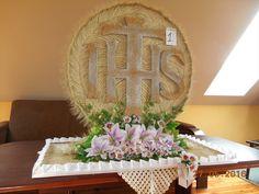 Wicker, Catholic, Home Decor, Interior Design, Home Interior Design, Home Decoration, Decoration Home, Loom, Interior Decorating