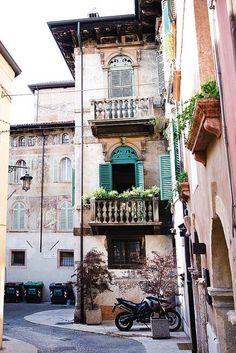 Dreaming of Verona #travelingTOMS