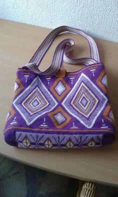 Use for tapestry crochet.
