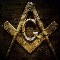 Weathered square and compass Masonic Art, Masonic Lodge, Masonic Symbols, Illuminati, Parts Of A Circle, Masonic Tattoos, Eastern Star, Brotherly Love, Freemasonry