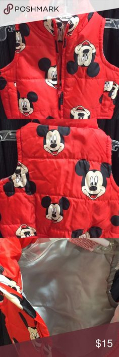 KID'S DISNEY PUFFER VEST UNISEX SIZE 12 MONTH 💕KID'S DISNEY PUFFER VEST UNISEX SIZE 12 MONTH, BUNDLE & SAVE 30%. 💕EXCEL.COND.💕BROWSE MY CLOSET FOR OTHER GREAT DEALS💕PURCHASED AT PARK WORN ONCE ORIGINAL PRICE $35. Disney Jackets & Coats Puffers