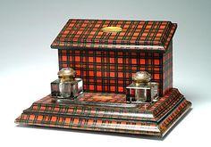 Great looking Tartan Ware inkstand/letter box. Wells, Tweed Run, Tartan Kilt, Antique Desk, Scottish Tartans, Perfume, Red Plaid, Scotland, Desk Set