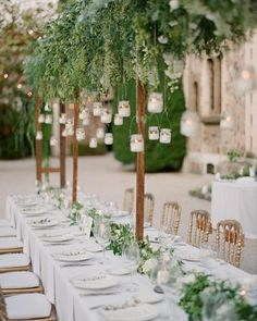 """""""@gregfinck here for the #LBBregram takeover! Jaw-dropping table setup designed by @lavenderandroseweddings for this stunning French Riviera wedding !…"""""""