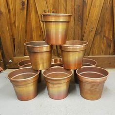 I love what I do but the part I dislike most is cleaning the finished spun piece. These copper pots will be satin polished by hand on the lathe with 100% inspection so there are zero blemishes or marks which are not meant to be there. #metalspinning #madeinuk #madeinbritain #britishmade #handmade #hampshire #portsmouth #southsea #affordableluxury #homeaccessories #copper #interiordesign #plantpot #copperplantpot #home #homedecor #etsy #interiordesigner #designdetail #plants #polish #clean…