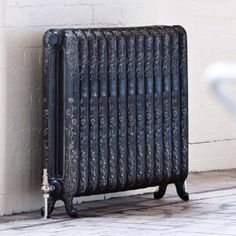 The Daisy 790mm Traditional Cast Iron Radiator
