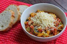 Winter Minestrone Soup Steak Restaurant Style, Pizza Restaurant, Winter Soups, Winter Food, Fall Food, Fall Recipes, Soup Recipes, Large Bowl, Soups And Stews