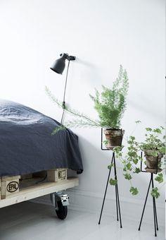 IDÉ 3: Byg en seng af paller