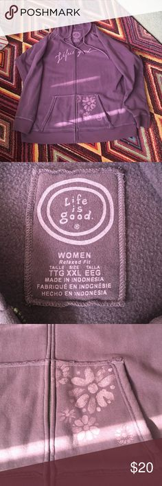Life is Good Women's Sweatshirt Size XXL Life is Good women's sweatshirt size XXL. Excellent used condition. Has a few small stains that are barely noticeable as shown in last picture. Life is Good Tops Sweatshirts & Hoodies
