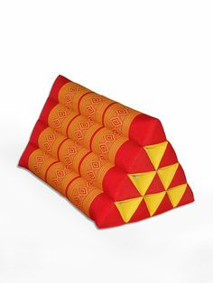 Triangle Pillow Thai Classic (Red Gold)-FP040RD20