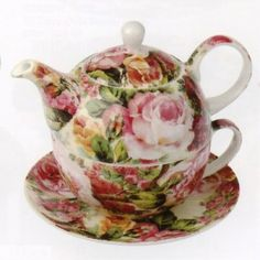 So pretty, cabbage roses teapot.