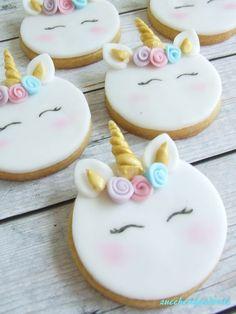 Ideas For Birthday Food Party Cupcake Unicorn Themed Birthday, Unicorn Party, Unicorn Wedding, Fondant Cookies, Sugar Cookies, Cupcake Party, Cupcake Cakes, Cupcakes Decorados, Unicorn Cookies