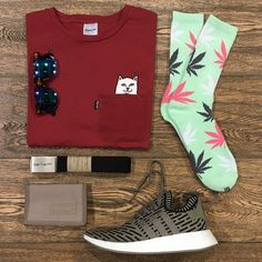 Grasshopper _ Featuring: Rip N Dip HUF Adidas Eastpak Carhartt Super _ Disponibili in store e online su @graffitishop www.graffitishop.it _ Spectrum Store via Felice Casati 29 Milano / spectrumstore.com / tel. 39 02 67071408 / #spectrumstore #graffitishop #causeitsyourworld #streetwear #graffiti #milano #sneakers #sneaker #snapback #kicks #trainers #spectrum #casatiblock #outfit #fashionblogger #blogger