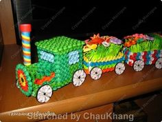 stranamasterov.ru The name of Russianquiller is written at the bottom, on the left – 3D Quilled transport, military and more (Searched by Châu Khang)