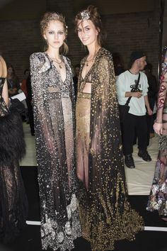 forlikeminded:    Alexander McQueen | London Fashion Week | Fall...