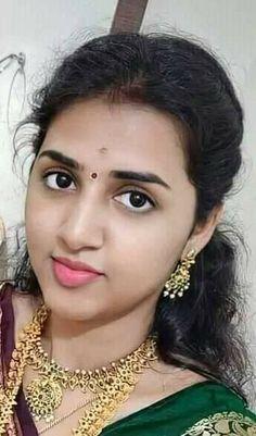 Cute Beauty, Beauty Full Girl, Beauty Women, Beautiful Lips, Beautiful Girl Indian, Beautiful Women, Stylish Girl Images, Girls Image, India Beauty