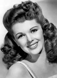 19 Best Hairstyles 1940\'s images | 1940s hairstyles, 1940s hair, Beauty