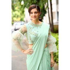 9 Stylish Plain Saree Looks To Inspire You fashion dresses 2019 Trendy Sarees, Stylish Sarees, Fancy Sarees, Stylish Dresses, Stylish Outfits, Fashion Dresses, Saree Blouse Neck Designs, Saree Blouse Patterns, Fancy Blouse Designs