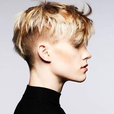 #shorthair #sidecut #pixie #britishpunk Funky Short Hair, Really Short Hair, Short Hair Cuts, Short Hair Styles, Hair Inspo, Hair Inspiration, Pixie Lang, Short Hair Designs, Short Dreads
