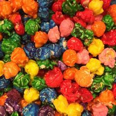 Taste the rainbow! Cornfetti (Rainbow Popcorn) is all of our candied flavors mixed together in one fun bag. From Green Apple to Blueberry, there is bound to be a delicious candied flavor that makes yo Colored Popcorn, Popcorn Mix, Candy Popcorn, Flavored Popcorn, Gourmet Popcorn, Popcorn Recipes, Dog Food Recipes, Vegetarian Recipes, Jello Popcorn