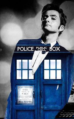10th Doctor and the TARDIS ☺♥♥
