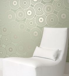 wall paper for accent wall behind crib (like the look but not the wall paper)